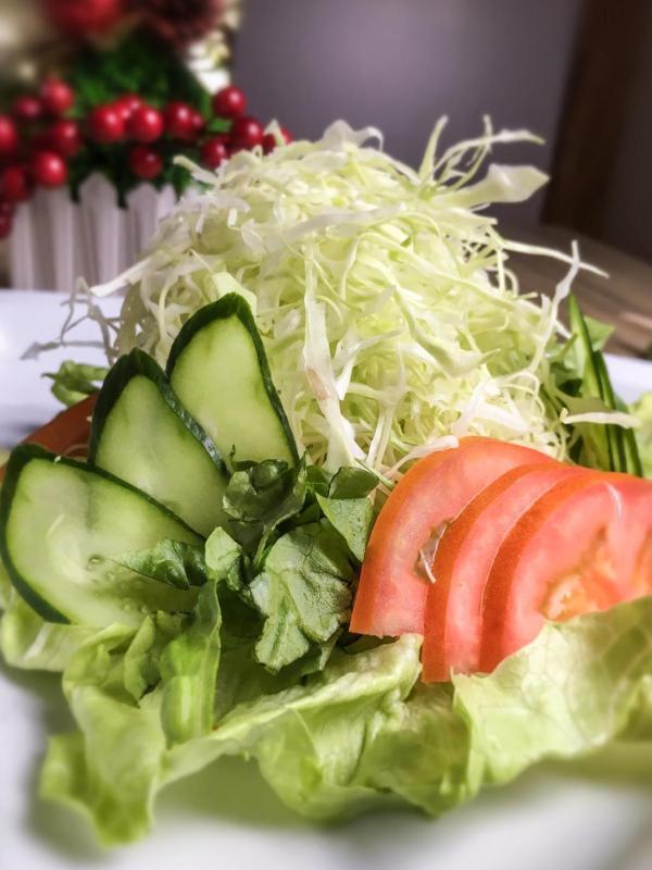 Once you've tasted Kitsho's Green Salad, all else pales in comparison.
