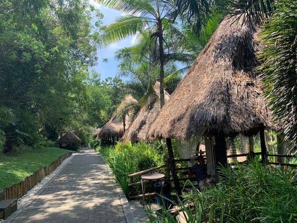 Resort Cottages in Damires Hill