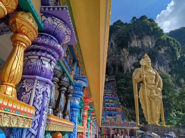 Batu Caves Travel Guide