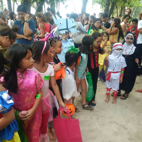 Kiddie Halloween participants lined up for the Trick or Treat parade