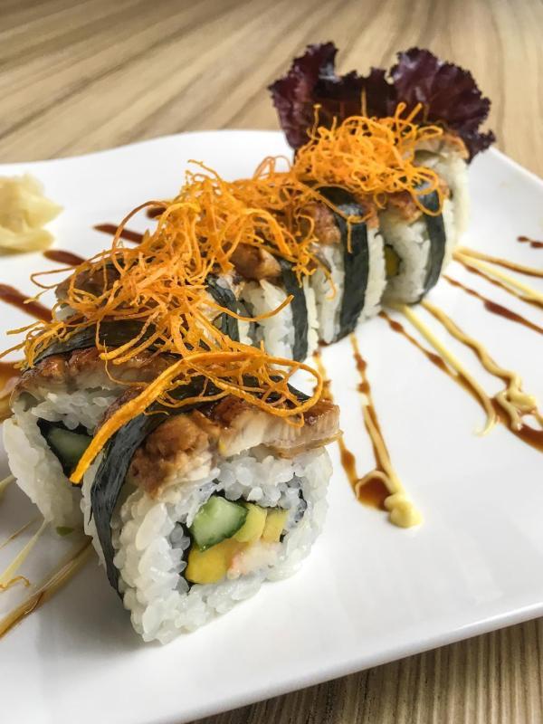 Kitsho's Unagi (eel) rolled sushi is a must-try!