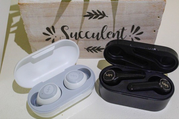 (L-R) Funcl W1 and Funcl AI wireless headphones