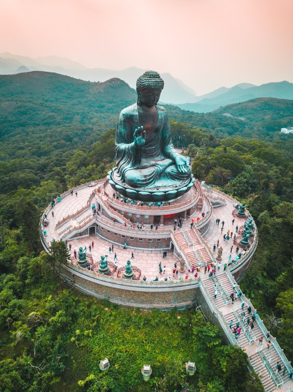 Tian Tan Buddha by Jason Cooper