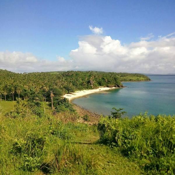Bagatao Island in Magallanes Sorsogon photo by Anthony Din Doloiras IG @ghathegreat777
