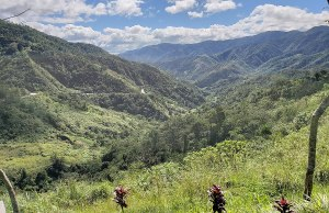 Dalton Pass photo by Pi3.124 via Wikipedia CC