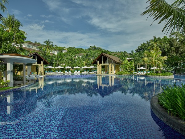 Mövenpick Resort & Spa Boracay Invites Guests to Kick-Start 2019 with a Rejuvenating Beachfront Break for the Entire Family