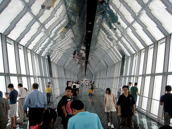 Shanghai World Financial Center Observation Deck photo by Alan Levine via Wikipedia CC