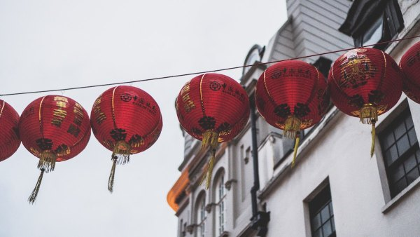 Chinatown London Paul Gilmore via Unsplash - Things to do in London
