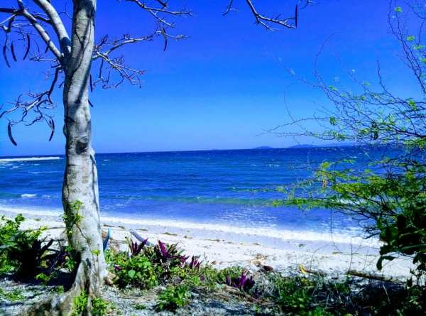 Isla Verde Batangas photo by Eymi Therese via FB