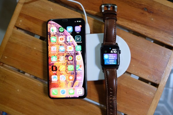 Baseus Smart Wireless Charger for iPhone and Apple Watch
