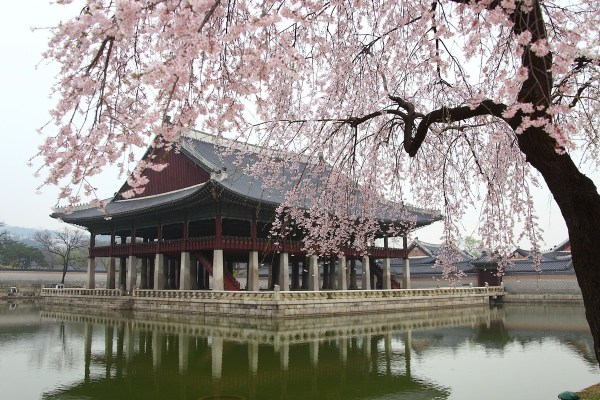 Pavilions and Ponds Of Gyeongbokgung Palace