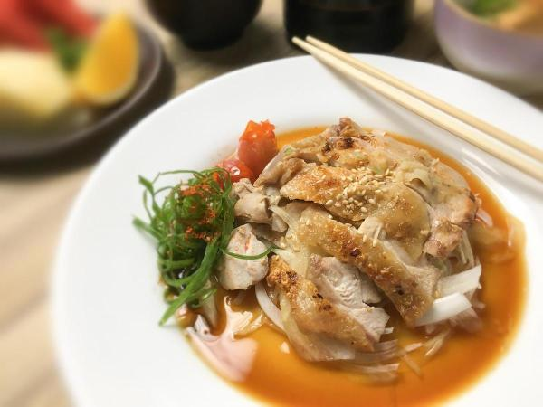 The special Mother's Day set menu features Grilled Chicken with Ponzu Sauce as its main course!