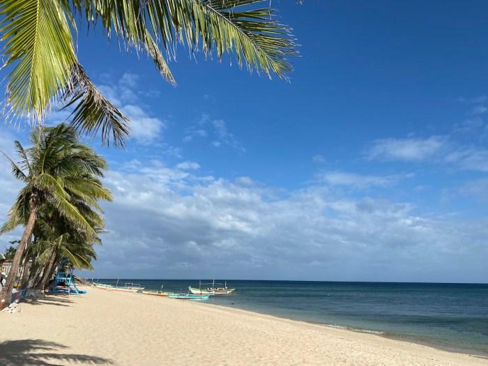 Torrijos White Beach