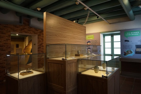 Artifacts inside Anping Tree House Museum