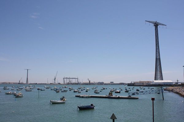 Pylons of Cadiz by Pedro Lozano via Wikipedia CC