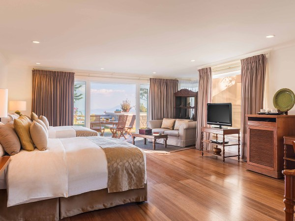 Siam Premier Suite at Discovery Suites Tagaytay