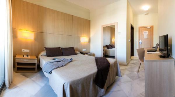 Superior Twin Room at Hotel Boutique Convento Cadiz in Spain