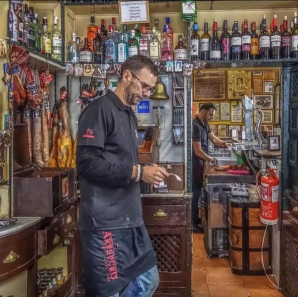 Taberna Casa Manteca photo via FB Page