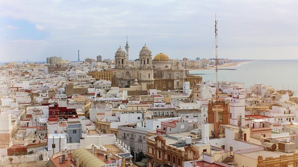 Travel Guide to Cadiz Spain