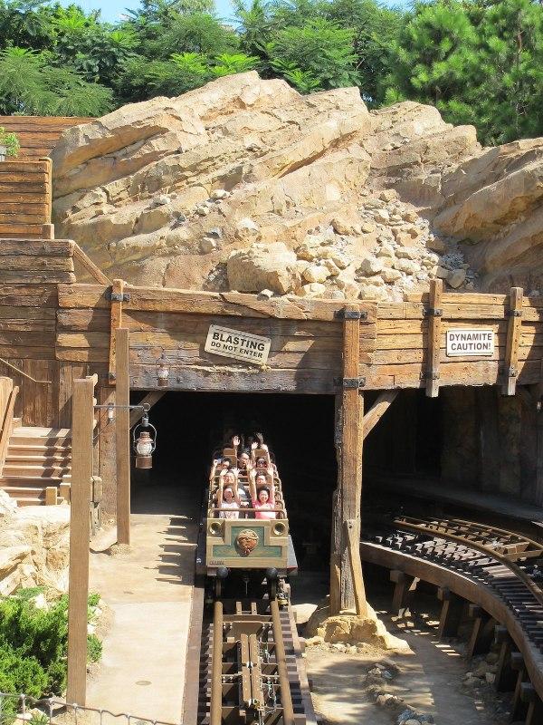 Big Grizzly Mountain Runaway Mine photo by Mkckim via Wikipedia CC