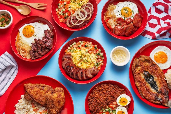 Nothing beats a hearty bowl of Filipino favorite with a twist. Rice bowl specialties include Housemade Tapa Bowl, Adobo Flakes, Longganisa Hamonado, Bangus Rice Bowl and more