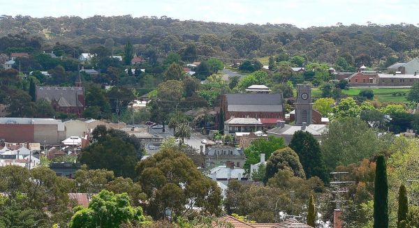 Castlemaine photo by Biatch via Wikipedia CC