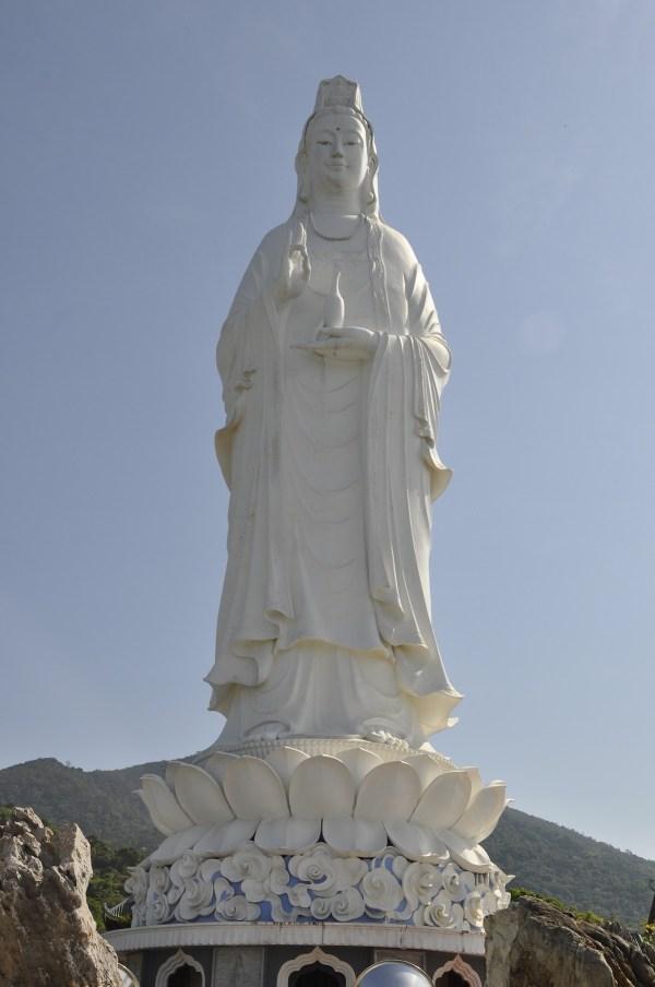 Guan Yin statue in Da Nang