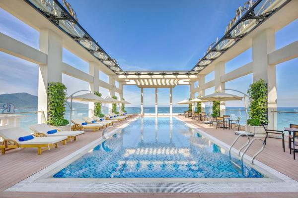 Paris Deli Danang Beach Hotel