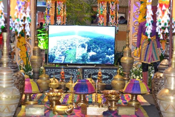 Various brassware displayed at the Bangsamoro Pavilion