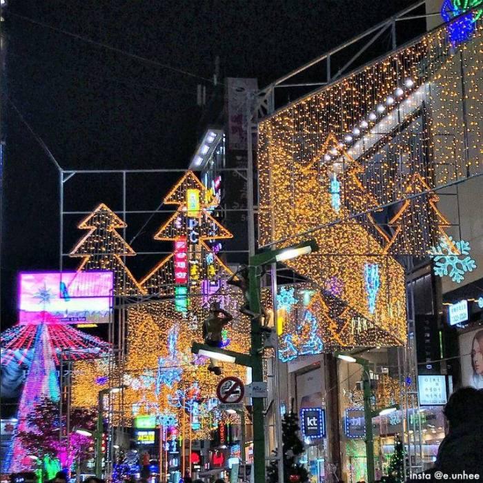 Busan Christmas Tree Festival photo via VisitKorea
