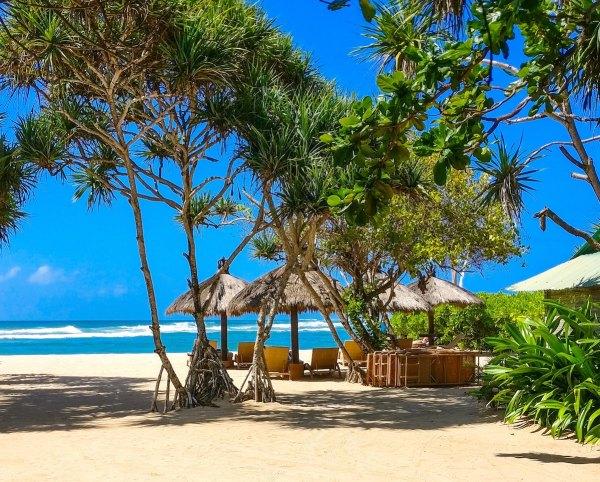 Nusa Dua Beach by Jarrad Horne via Unsplash