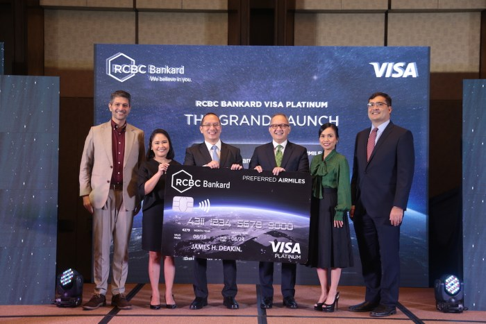 James Deakin,Simon Javier Calazanz, President and CEO RCBC Bankard, Eugene S. Acevedo, President and CEO of RCBC, Ma. Angela Mirasol, First Vice President and Marketing Group Head of RCBC, Dan Wolbert, Country Manager for the Philippines and Guam Visa