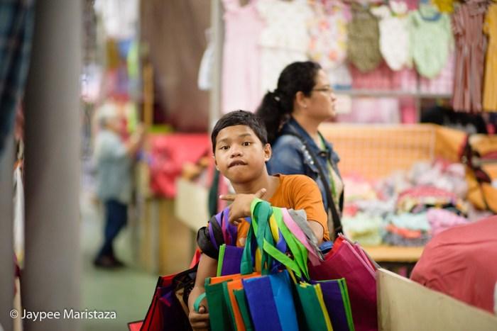 Tiangge Shopping in Taytay