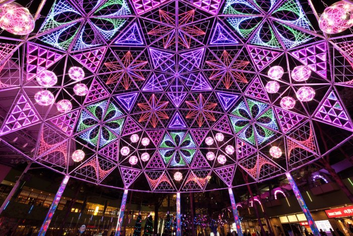 Tokyo Dome City Winter Illumination by Taichiro Ueki via Flickr CC