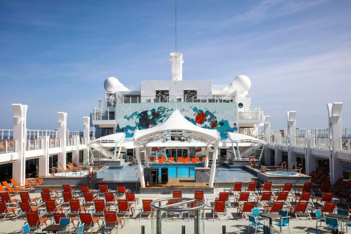 Genting Dream Pool Deck Stage