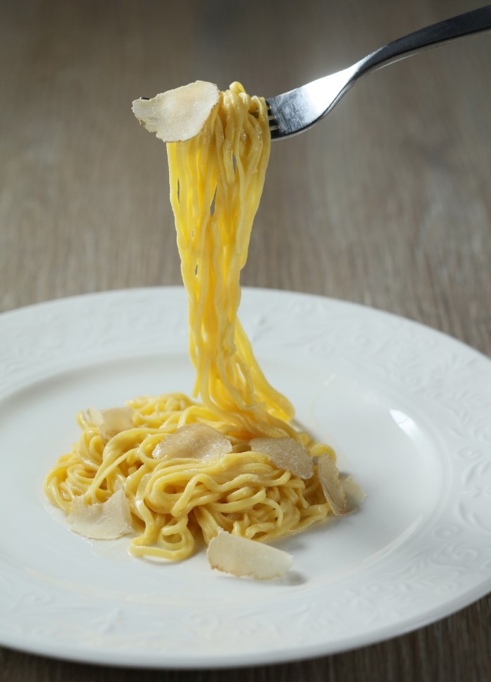 Handmade Tagliolini with Butter, Parmigiano Cheese and White Truffle