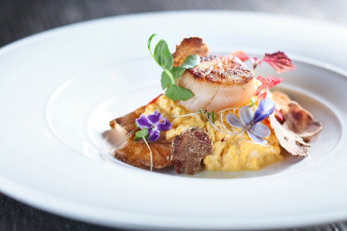 Taiyouran Scrambled Egg on Toasted Bread with Seared Hokkaido Scallops and White Truffle