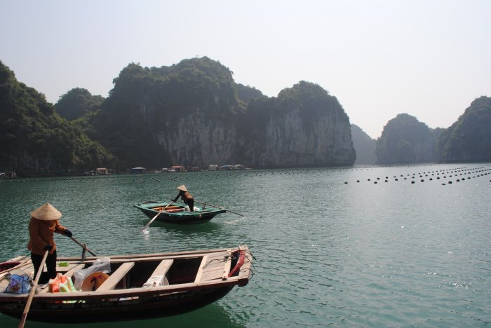Ha Long Bay by @rafaprada via Unsplash