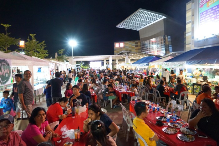 Iloilo Night Market and Street Food Hawkers Festival