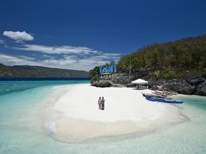 Bluewater Sumilon Island Resort in Oslob Cebu