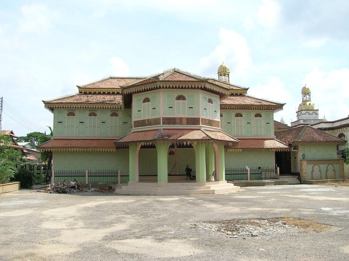 Kelantan Islamic Museum photo by Gula Kapas via Wikipedia CC