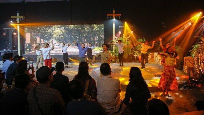 Launch of ABaKaDa music video