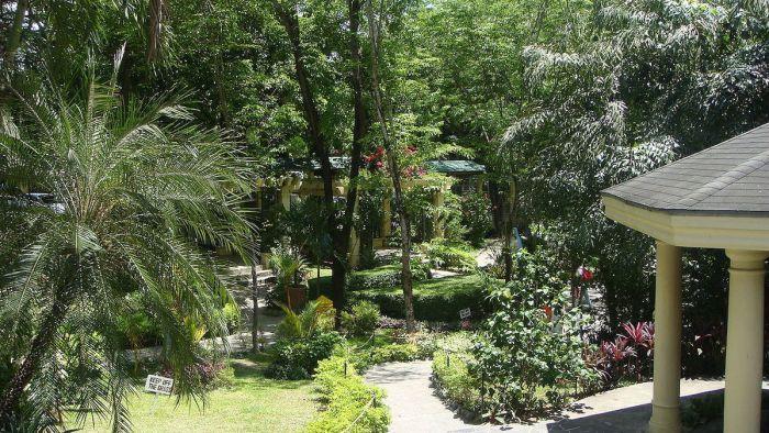 Manaoag Rosary Garden photo by Ramon FVelasquez via Wikipedia CC