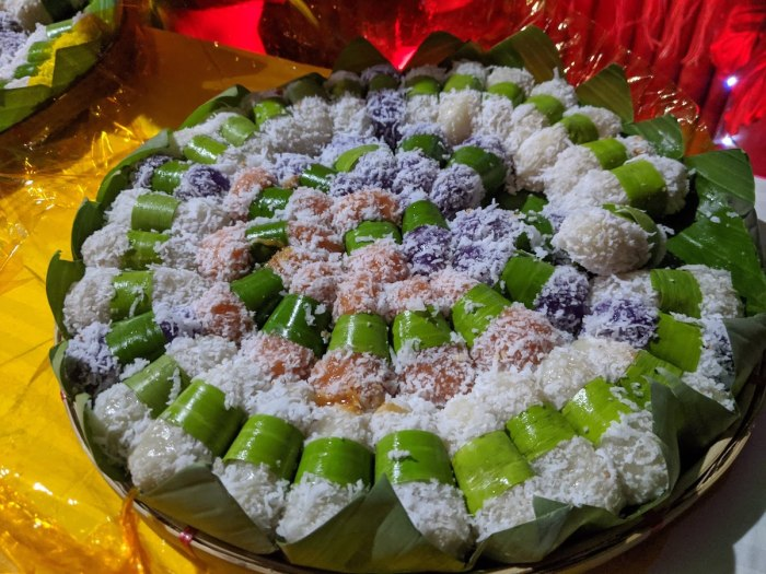 Prima Vista Rolled palitaw with yema inside