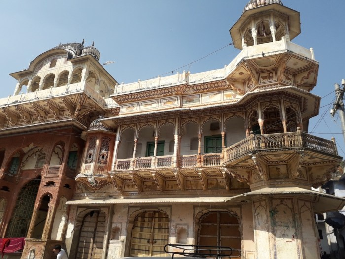 One of the many Havelis (traditional Indian Mansions) in Pushkar