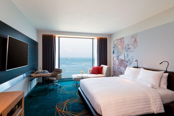 Deluxe King Room with Seaview at Novotel Sriracha & Koh Si Chang Marina Bay