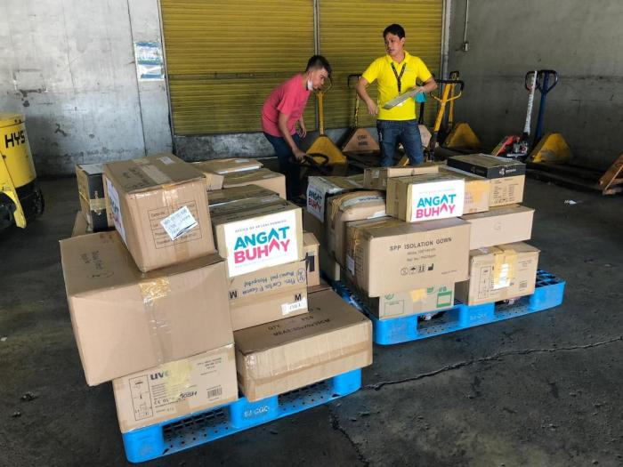 Almost four tons of humanitarian aid from Vice President Leni Robredo's Angat Buhay program has been provided by Cebu Pacific.