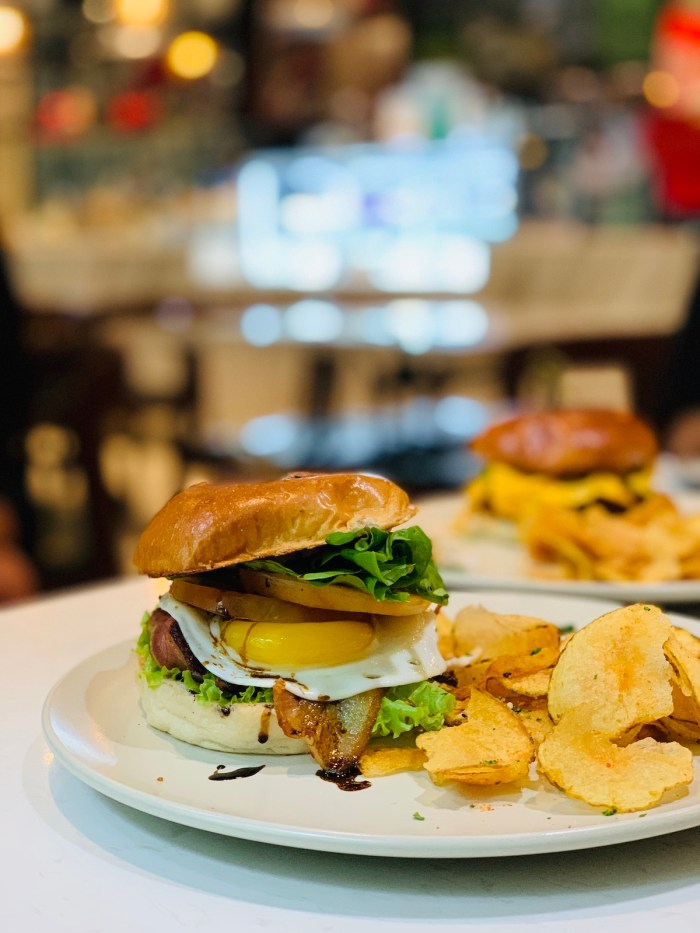 Home.fit Burgers-at-Dean-and-Deluca Hotel Review: The Mini Suites Eton Tower in Makati City