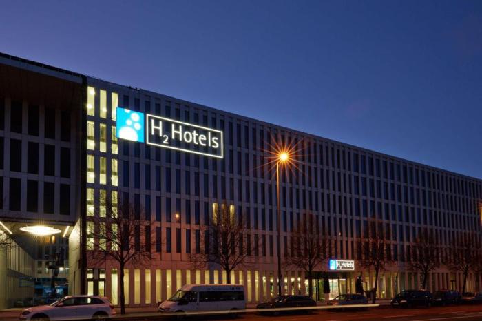 Facade of H4 Hotel Munchen Messe