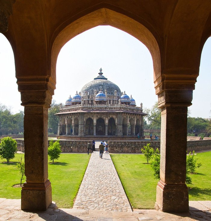 Isa Khan Tomb - Delhi Travel Guide